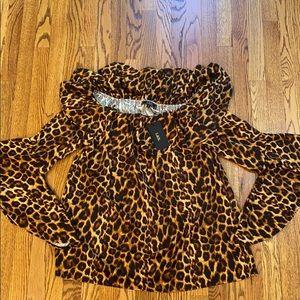Leopard predators print blouse